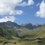 Familienfreundliche Berghütte im Frühling: Das Kölner Haus in Serfaus