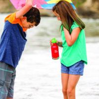 Klean Kanteen Kid bietet alles was eine gute Trinkflasche für aktive Kinder bieten muss.   foto (c) kinderoutdoor.de