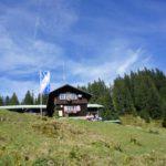Berghütten für Familien: Urige Unterkünfte für große und kleine Alpinisten