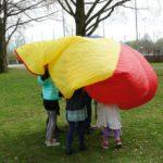 Schnitzeljagd am Kindergeburtstag: Ideen für die Spielstationen