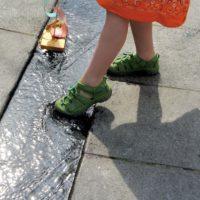 Keen Newport H2 Kindersandalen sind im Wasser und am Land ideal für kleine Outdoorer.  foto (c) kinderoutdoor.de