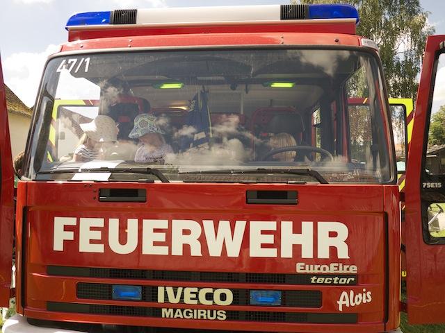 Klettergurt Feuerwehr : Schnitzeljagd für kinder feuerwehr kinderoutdoor outdoor