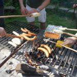 Sicher grillen mit Kindern: Fünf goldene Tipps um Unfälle am Grill zu vermeiden