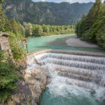 Lechweg wandern: Drachen und ein heiliger Weitspringer an einem der letzten wilden Flüsse