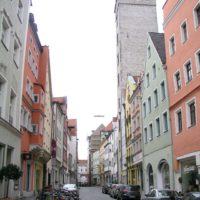 Patriziertürme sind die Hochhäuser im Mittelalter gewesen.   foto (c) kinderoutdoor.de