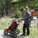 Kinderwagen wandern zu Almen: Schweißtreibend oder ganz entspannt