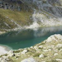 Wie in Skandinavien wirkt der Kratzberger See und seine karge Umgebung.   foto (c) kinderoutdoor.de