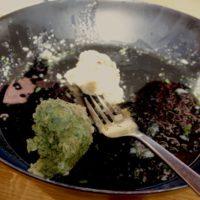 Hier sind die Reste von unseren gekochten Tiroler Spinat- und Speckknödel.   foto (c) kinderoutdoor.de