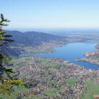 Vom Wallberg Gipfel bietet sich dieser grandiose Ausblick.  foto (c) kinderoutdoor.de
