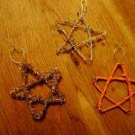 Kinder basteln Sterne aus Draht: Bauanleitung für drei Sterne