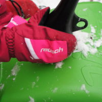 Griffig sind die mit Daunen gefütterten Kinderhandschuhe.   foto (c) kinderoutdoor.de