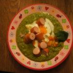 Outdoorküche-Rezepte für draußen: Erbsensuppe vom Lagerfeuer