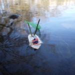 Wir schnitzen einen Trawler mit den Kindern
