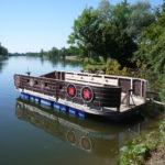 Outdoor Floß bauen: So gelingt der schwimmbare Untersatz