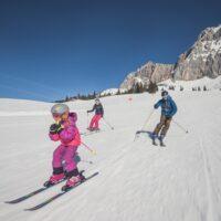 Winter mit Kinder in der Tiroler Zugspitz Arena erleben (c) Tiroler Zugspitz Arena / C. Jorda