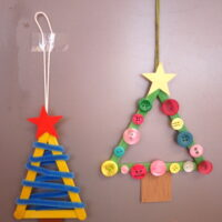 Kinder basteln Weihnachtsschmuck mit dem Taschenmesser foto (c) kinderoutdoor.de