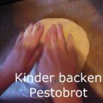 Kinder Outdoor backen: Pestobrot